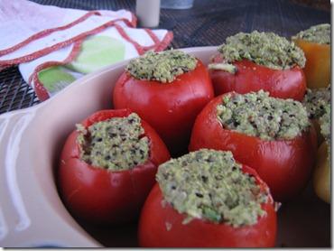 pesto_quinoa_tomatoes