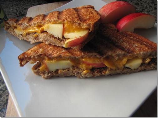grilled_cheddar_apple_mustard
