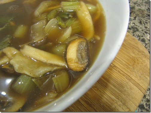 mushroom_closeup_homemade_noodle_soup