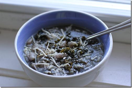 kale_and_white_bean_soup