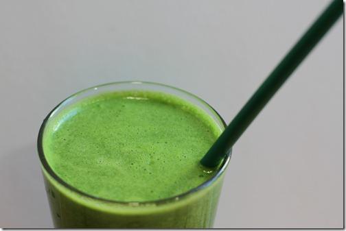 green_juice_closeup_best